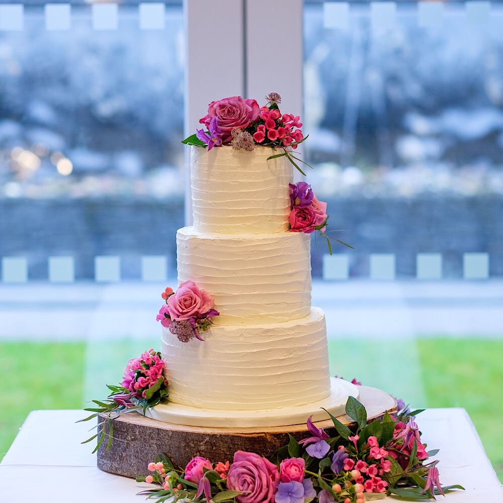 3 tier buttercream cake