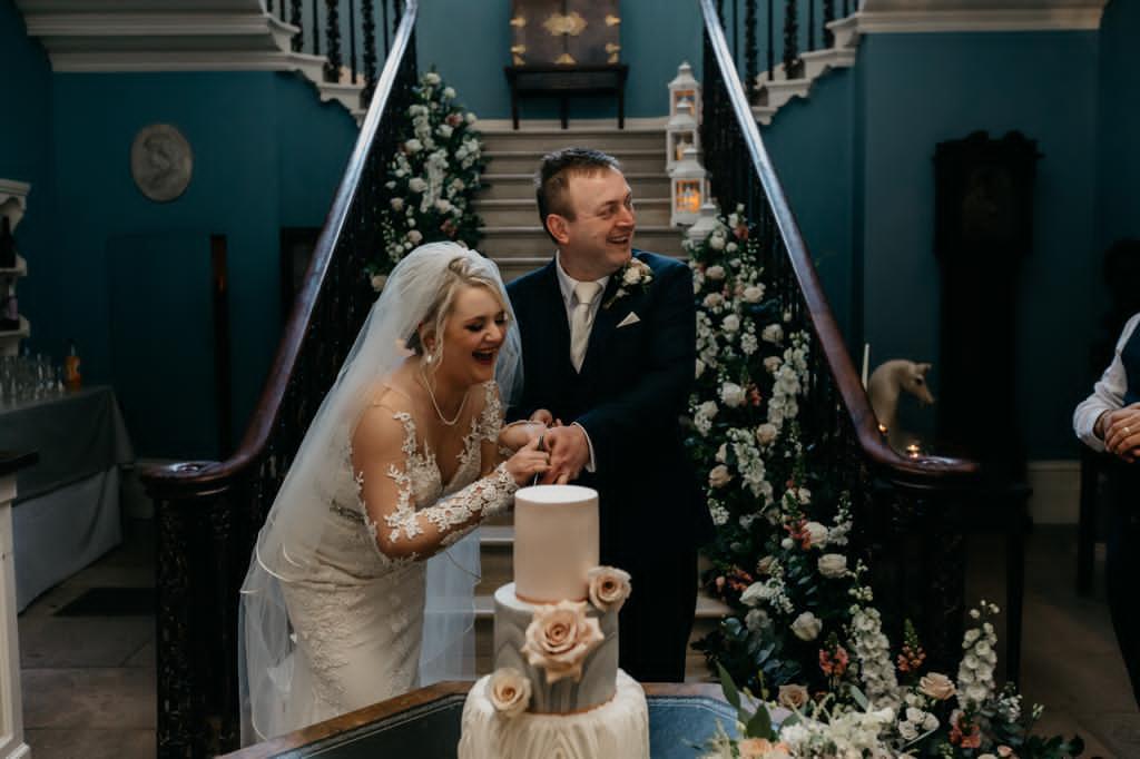 Danielle & Gerard with wedding cake, Gemma's Cakes Blog, Real Life wedding